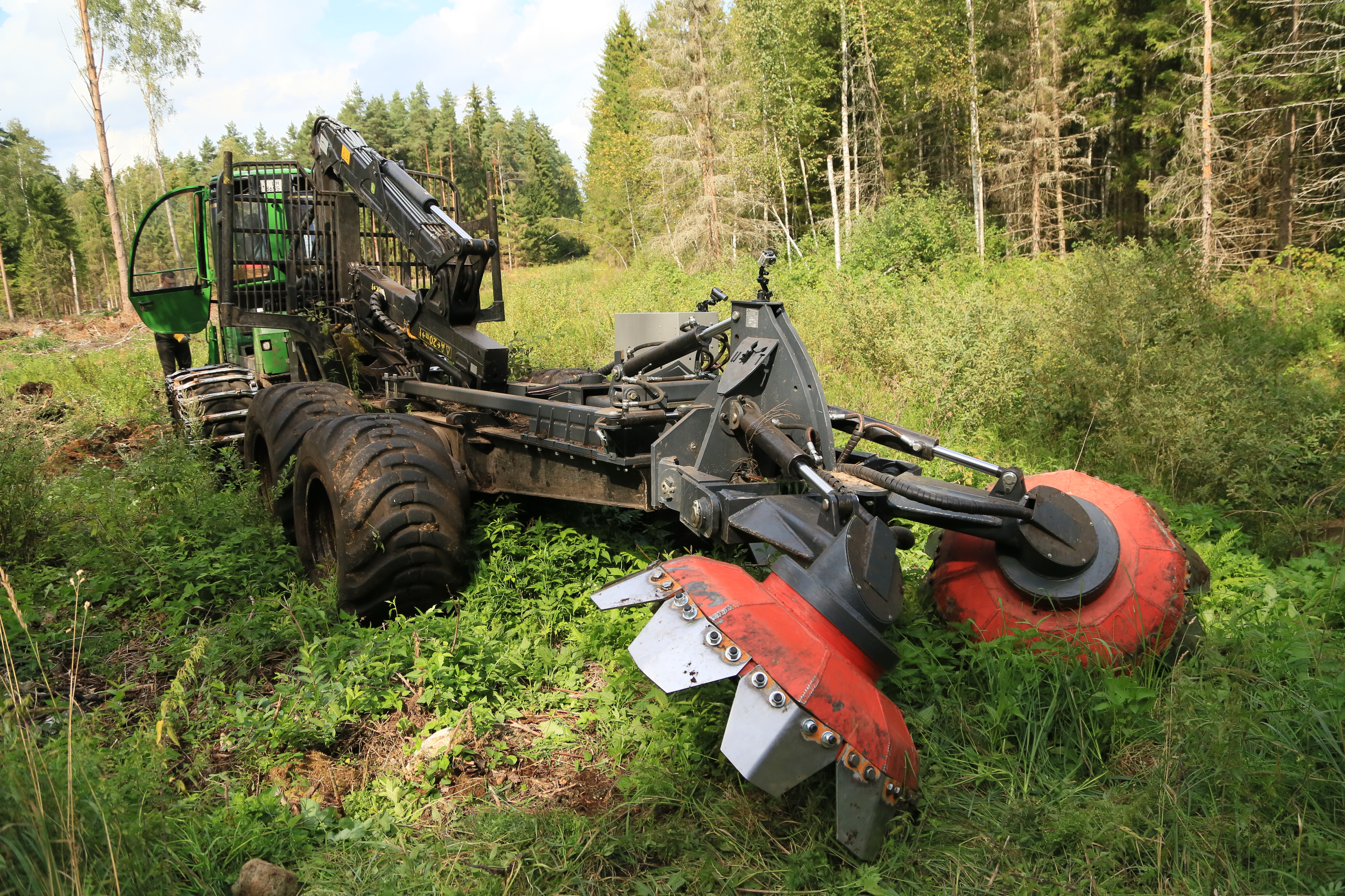 UOT-3000 Forest trencher – UOT